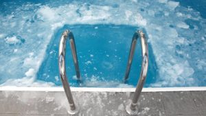 Pool closing tips for Ottawa pools